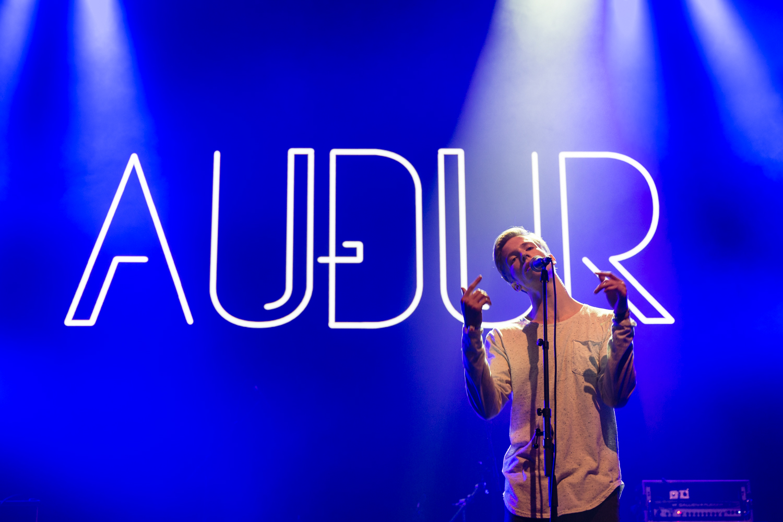 Audur_AirwavesDay1_IanYoung